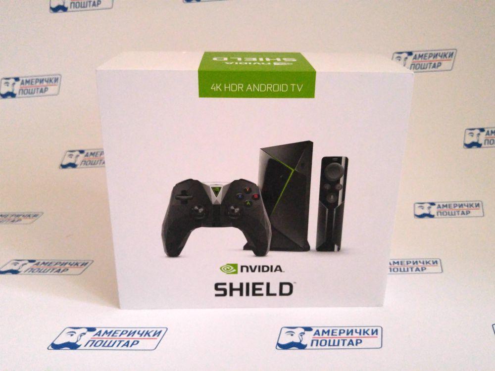 Nvidia Shield kutija proizvoda na pozadini sa Američki poštar logom